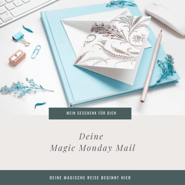 Annoncement Magic Monday Mail